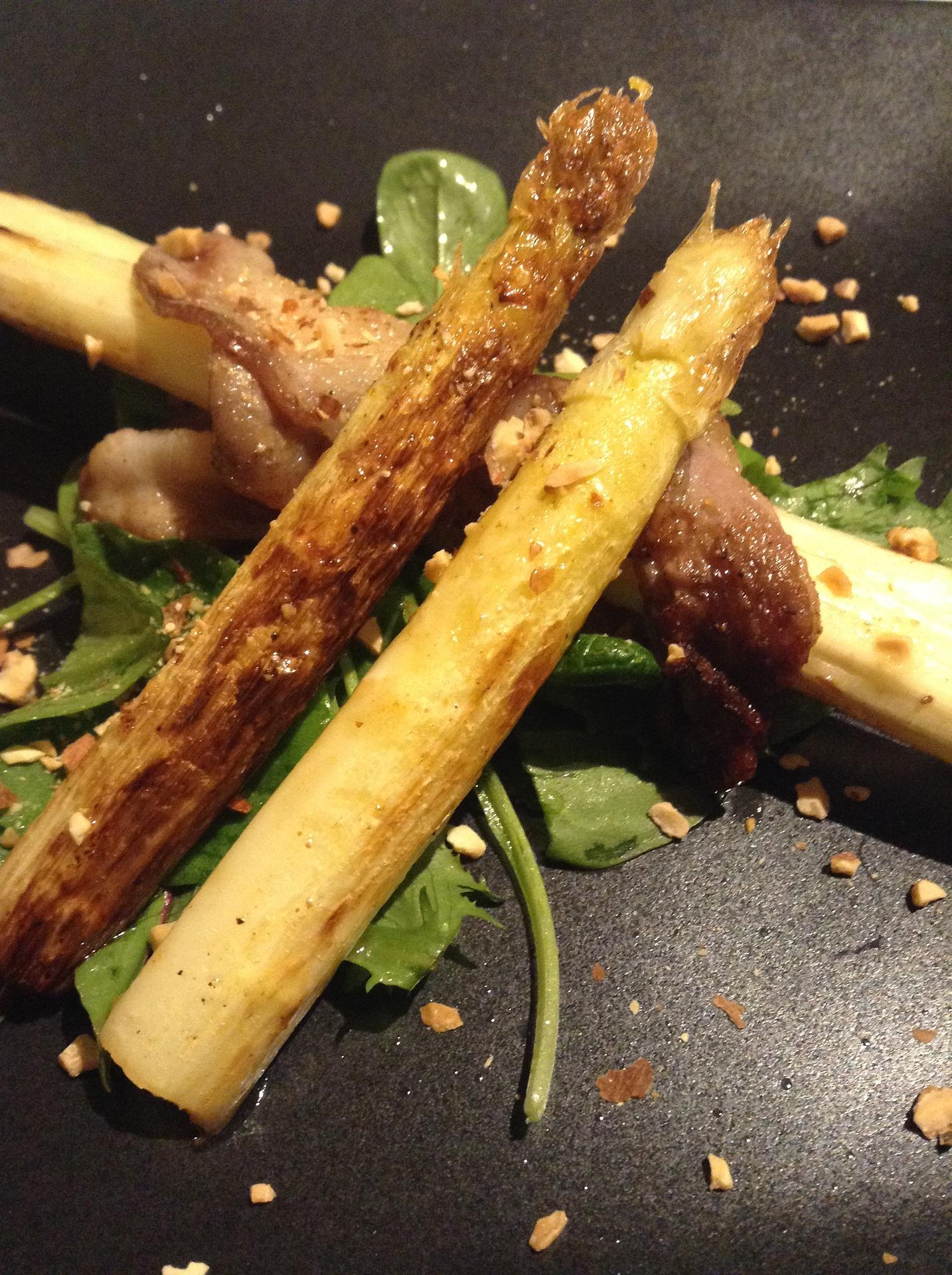 white-asparagus-2359162_1920